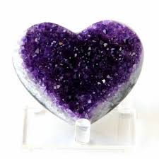Crystal meaning| Amethyst | Crystal Heart Psychics | Psychic Readings Where The Heart Matters